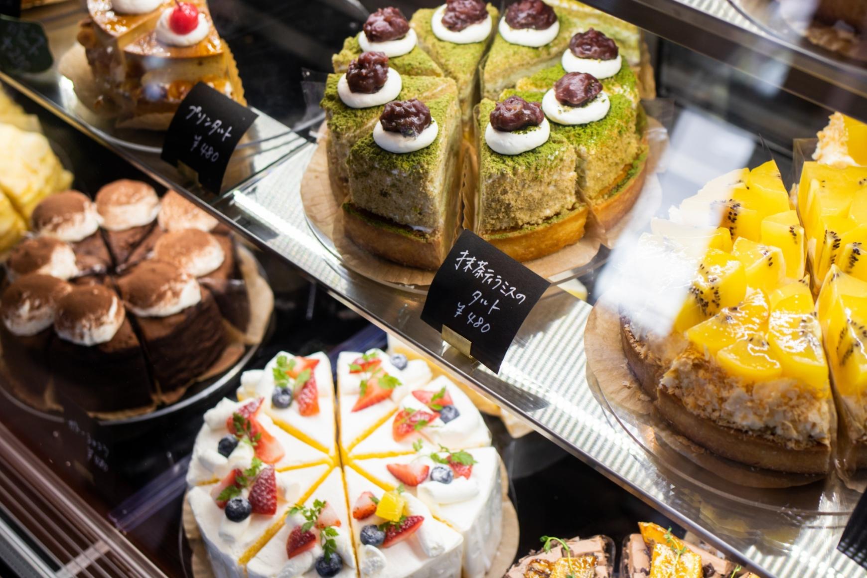 ケーキ レシピ開発